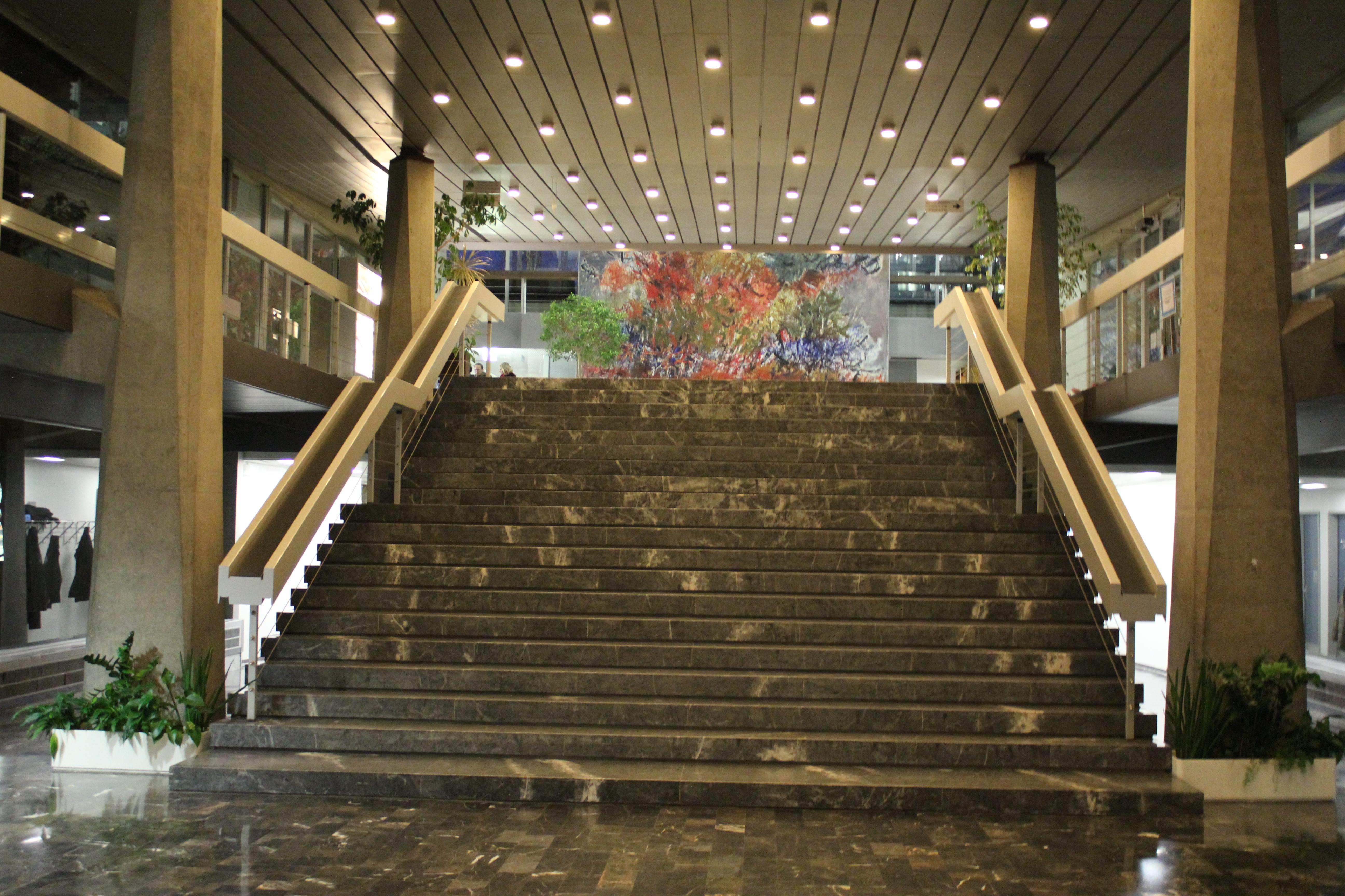 Surprising United Nations Mind Heart Journeys Home Interior And Landscaping Ponolsignezvosmurscom